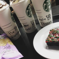 Photo taken at Starbucks Coffee by Jp R. on 11/20/2016