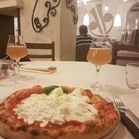 Photo taken at Libery Pizza & Artigianal Beer by Dario T. on 10/13/2017