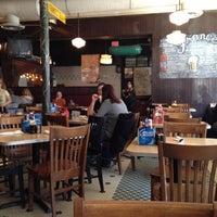 Foto scattata a Frances' Deli da John C. il 10/27/2012