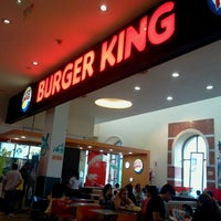 Photo taken at Burger King by Alejandro d. on 12/1/2012