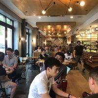 8/4/2018にIan K.がIrving Farm Coffee Roastersで撮った写真