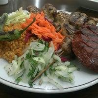 11/22/2012 tarihinde Nezih A.ziyaretçi tarafından Taşhan Et & Restaurant'de çekilen fotoğraf