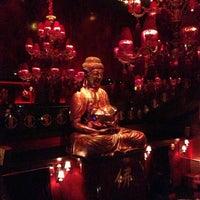 Снимок сделан в Buddha Bar пользователем Ibrahim K. 3/26/2013