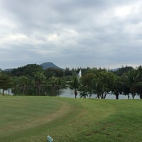 Photo taken at Springfield Village Golf And Spa Cha-Am by Poya on 11/19/2016