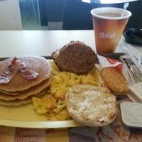 Photo taken at McDonald's by RODRIGO Z. on 8/22/2013