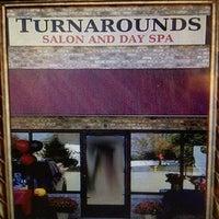 Снимок сделан в Turnarounds Salon And Day Spa пользователем Lori H. 2/8/2013