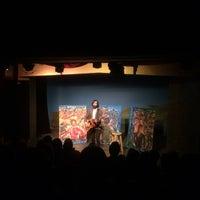 Foto tirada no(a) Shelton Theater por Brad K. em 3/15/2015