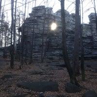 Снимок сделан в Скалы «Чертово Городище» пользователем Yury K. 10/28/2012