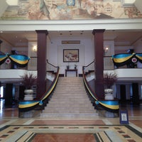Photo taken at British Colonial Hilton by Janaye T. on 7/19/2013