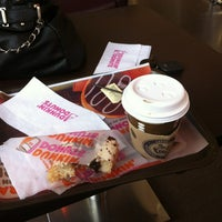 Photo taken at Dunkin Donuts by Maritza P. on 3/14/2013