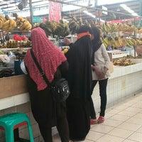 Photo taken at Pasar Segar by ιѕηαηтσ ∂. on 6/12/2016