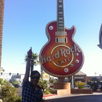 Photo taken at Casino Tower at Hard Rock Hotel & Casino by Jonah A. on 4/30/2013