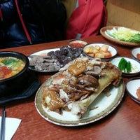 Photo taken at 마포소문난원조족발 by 모찌 L. on 12/23/2012