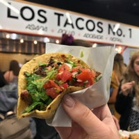 Das Foto wurde bei Los Tacos No. 1 von Christina R. am 9/8/2018 aufgenommen
