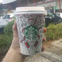 Photo taken at Starbucks by clara t. on 11/5/2017