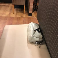 Photo taken at ガスト 磯子店 by メイヤー ど. on 9/23/2017