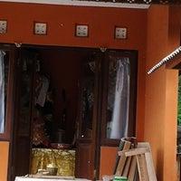 Photo taken at Pura Dalem Khayangan Kedaton by Dek W. on 12/15/2012