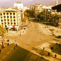 3/29/2013 tarihinde  Onur Y.ziyaretçi tarafından Çınar Meydanı'de çekilen fotoğraf