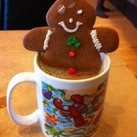 รูปภาพถ่ายที่ Fiore Italian Bakery โดย Leland S. C. เมื่อ 12/12/2012