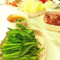 Photo taken at Q.Q. Suki Resturant by Ball P. on 9/15/2012