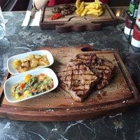 Foto tirada no(a) Boğa Kasap Steakhouse por Büşra K. em 2/27/2016