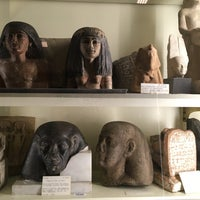 Photo taken at Petrie Museum of Egyptian Archaeology by Hyun Jeong S. on 10/19/2016