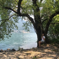 Photo taken at Grotto Dei Pescatori by Claudio T. on 7/29/2016