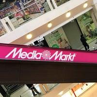 Photo taken at Media Markt by Mika V. on 11/7/2017