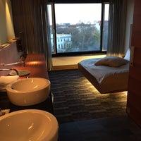 Das Foto wurde bei Sheraton Berlin Grand Hotel Esplanade von Mika V. am 4/2/2015 aufgenommen