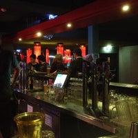 Das Foto wurde bei Wombat's City Bar von Claudia N. am 5/28/2014 aufgenommen