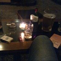 Foto tomada en Dago 254 Bar & Restaurant (Cloud 9) por Dewanda A. el 5/1/2013