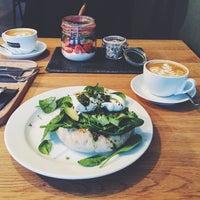 Das Foto wurde bei Nord Coast Coffee Roastery von Patrick C. am 11/22/2015 aufgenommen
