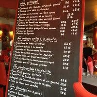 รูปภาพถ่ายที่ Le Div' Café โดย J.a. L. เมื่อ 4/21/2013
