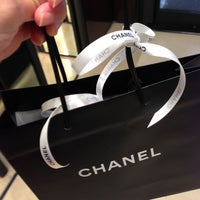 Снимок сделан в Chanel пользователем Melanie A. 5/10/2013