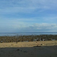 Photo taken at Pinggiran pantai metina by ZherLee F. on 7/27/2013