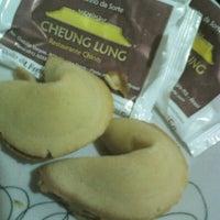 Foto tirada no(a) Cheung Lung por Jaqueline S. em 2/7/2013