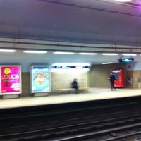 Photo taken at Metro Avenida [AZ] by Orlando Santos A. on 11/22/2012