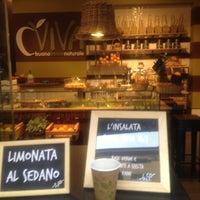 10/18/2012 tarihinde Corrado M.ziyaretçi tarafından Viva'de çekilen fotoğraf