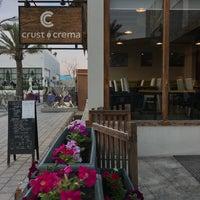 11/5/2017 tarihinde Nasser M.ziyaretçi tarafından Crust & Crema'de çekilen fotoğraf