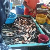 10/27/2013 tarihinde Nur Muhammad N.ziyaretçi tarafından Pasar Tani Danau Kota'de çekilen fotoğraf
