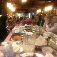 Photo taken at Rumah Thai Restaurant by Nur Muhammad N. on 8/14/2013