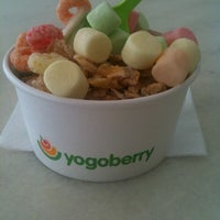 Photo taken at Yogoberry by Flavio M. on 1/24/2013