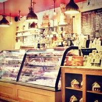 Photo taken at Francois Payard Bakery by Monica W. on 7/13/2013