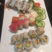 Photo prise au Kaze Japanese Steakhouse & Sushi par Johnnie B. le12/13/2015