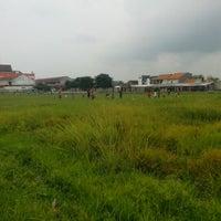 Photo taken at Lapangan Sepakbola Bungurasih by Jund on 3/2/2013