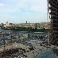 Снимок сделан в Башня «Федерация» пользователем Тима Н. 7/1/2013