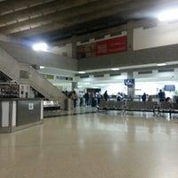 Photo taken at Aeropuerto Internacional La Chinita: Terminal Nacional by Belkys Q. on 2/11/2013