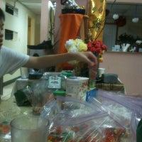 Photo taken at Pho Thai Restaurant by Robert E. on 2/8/2013