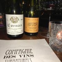 Foto tomada en La Compagnie des Vins Surnaturels por A.J. O. el 10/27/2016