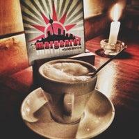 Das Foto wurde bei Café Morgenrot von Oliver W. am 10/13/2012 aufgenommen